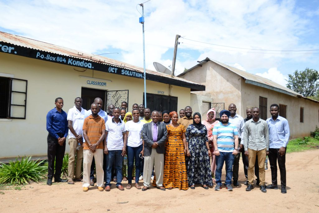 Policy and Regulation: Prerequisites towards Resilient Community Networks in Africa